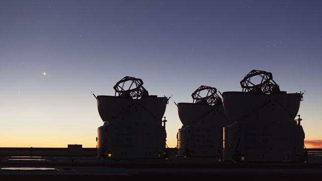 Paranal time-lapse 2012u