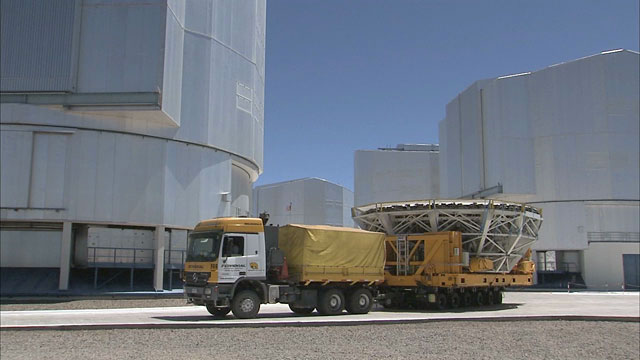 Mirror recoating at the Very Large Telescope (part 25)