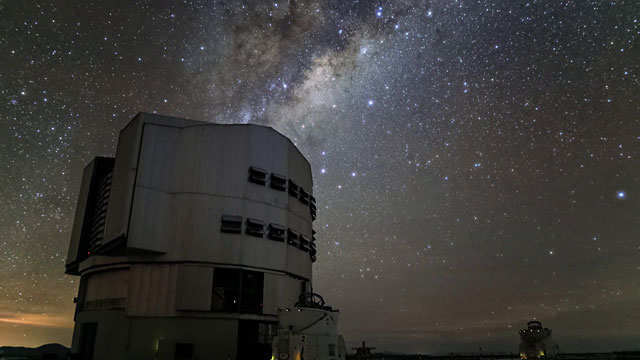 Time-lapse of the VLT observations