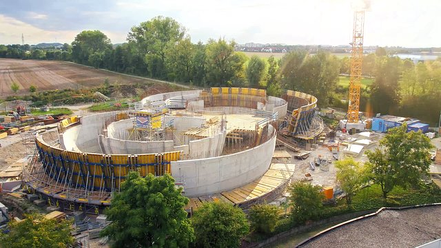 Time-lapse of the construction of the ESO Supernova Planetarium & Visitor Centre