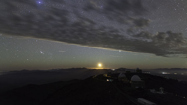 Moon sets over La Silla