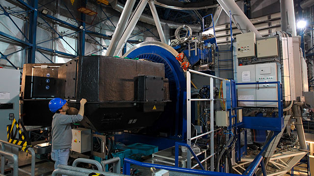 The SPHERE instrument during installation on the VLT